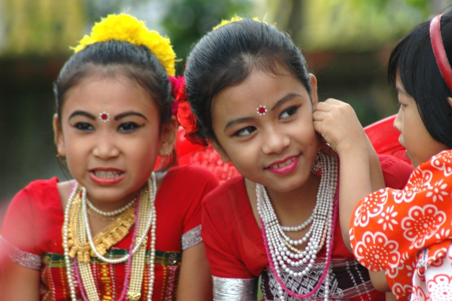 Children performing traditional dance in India